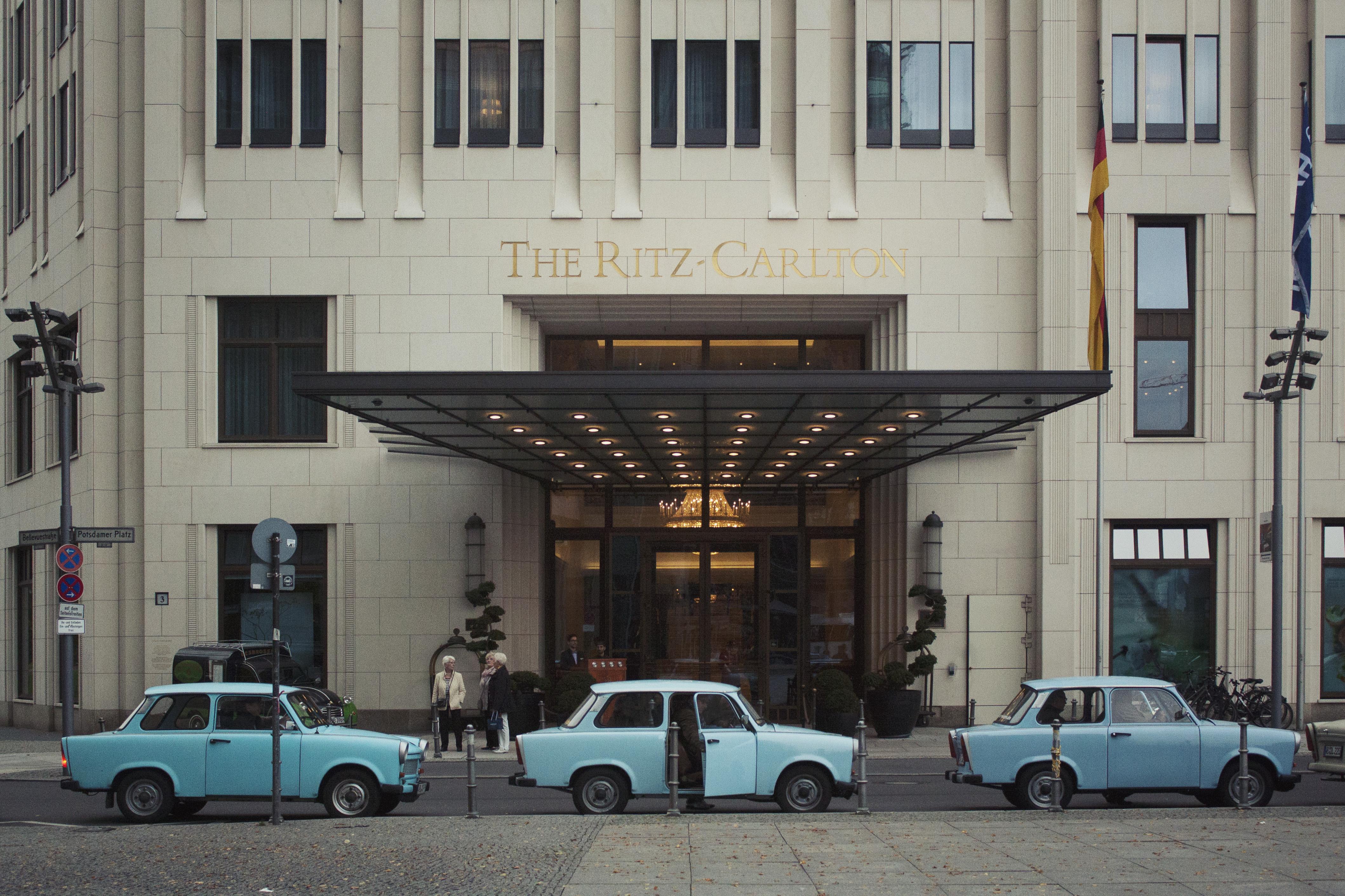 Berlin - Carlton & blue